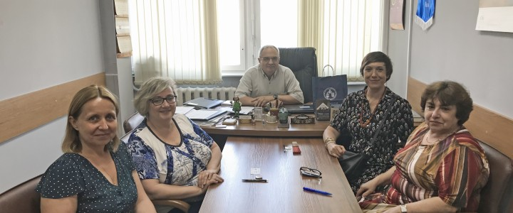 Representatives from University of Valencia visited Institute of Foreign Languages